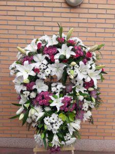 Coronas de flores, coronas flores tanatorios Madrid, envío coronas de flores, coronas de flores Madrid, coronas funerarias, flores para difuntos, flores para tanatorios, comprar coronas de flores